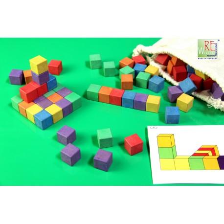 Cubes d'activité en bois coloré